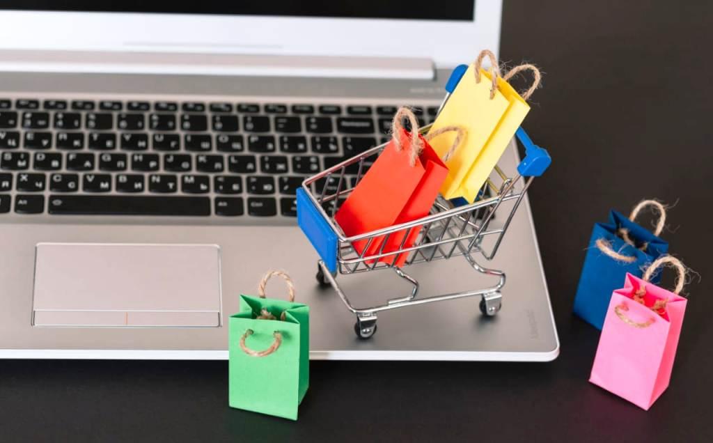 Shopping virtual: investir neste negócio investir é uma boa ideia?